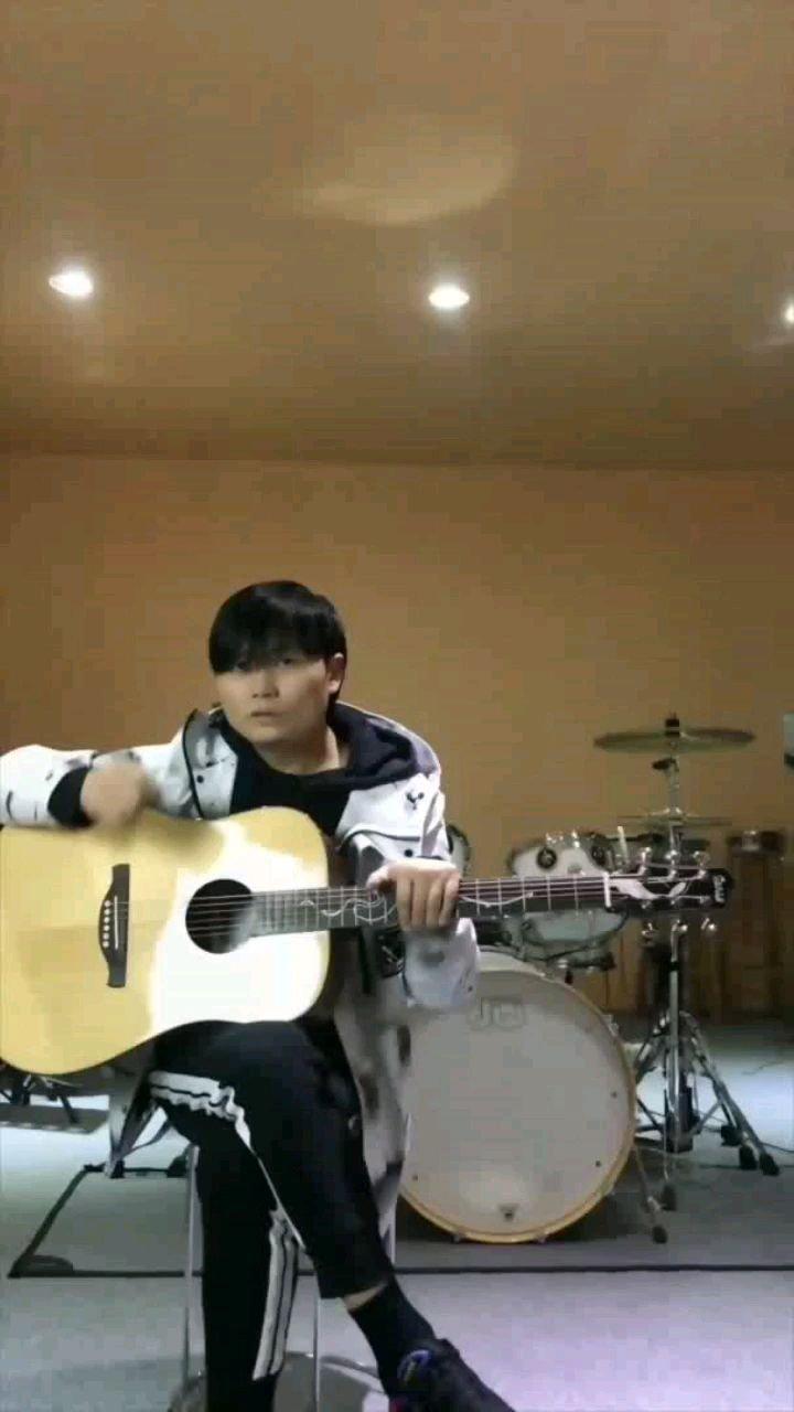 木吉他扫弦课第14节