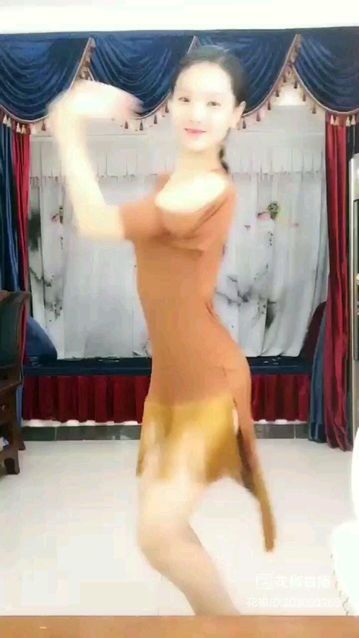 #花椒好舞蹈  @Anne.古典舞 《水边的格桑梅朵》