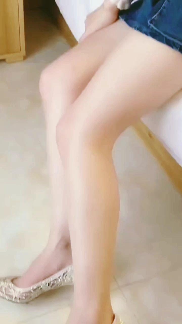#颜即是正义 #谁还没有大长腿了 #3月你好 #又嗨又野在玩乐 ?️?️?️
