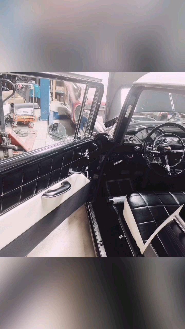1955年雪佛莱敞篷车