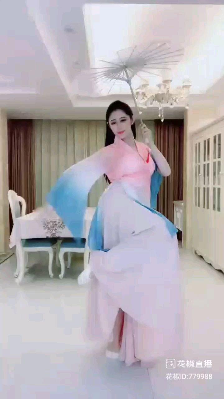 #花椒好舞蹈  @郭羿君