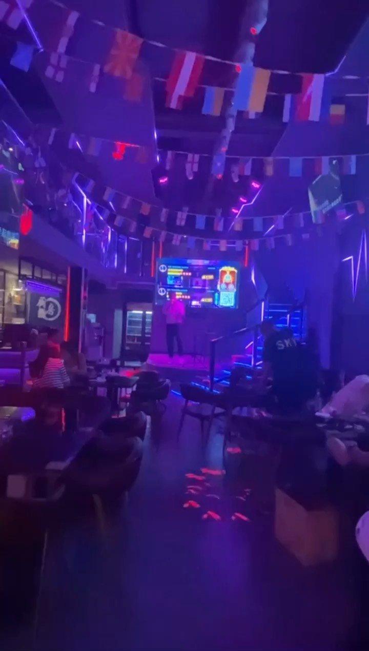 路人视角 酒吧现场 你想见我吗?#花椒好声音