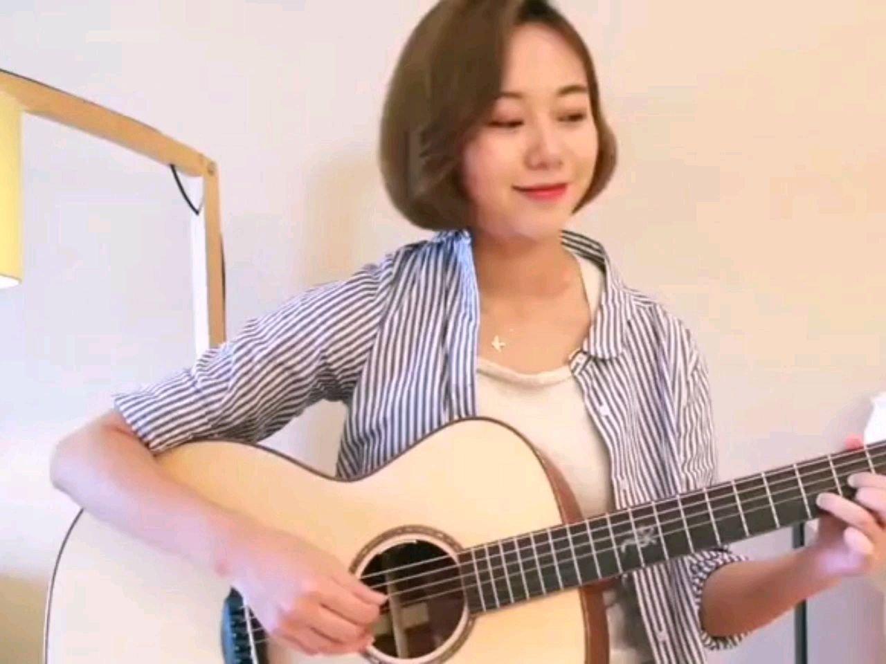 才艺展示:吉他伴唱,天籁之音《往后余生》。