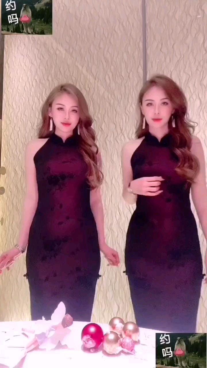 #谁还没有大长腿了 猜猜双胞胎姐姐是哪位
