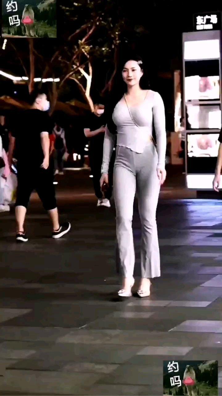 #花椒好舞蹈 #谁还没有大长腿了 #颜即是正义