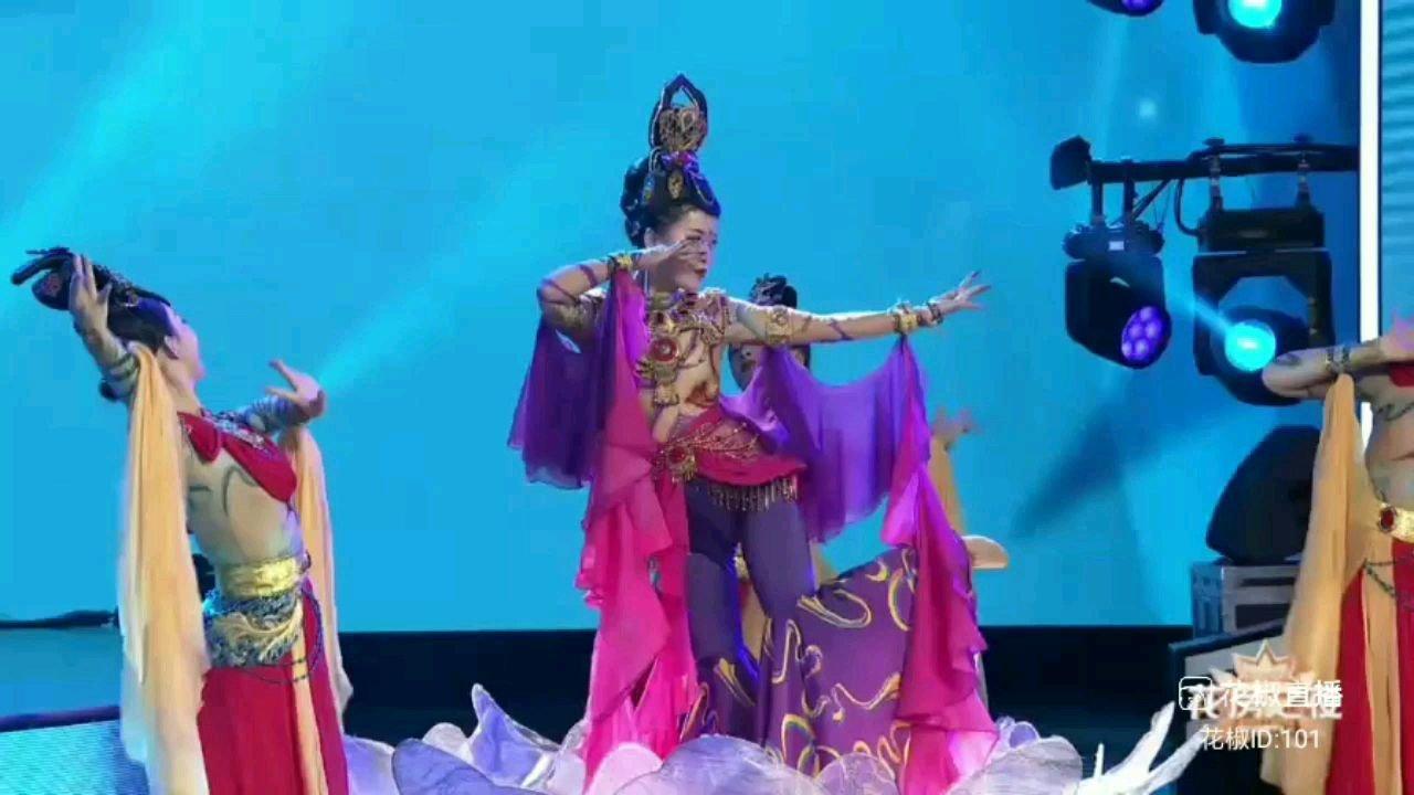 #2021花房之夜  #花椒好舞蹈  #颜即是正义