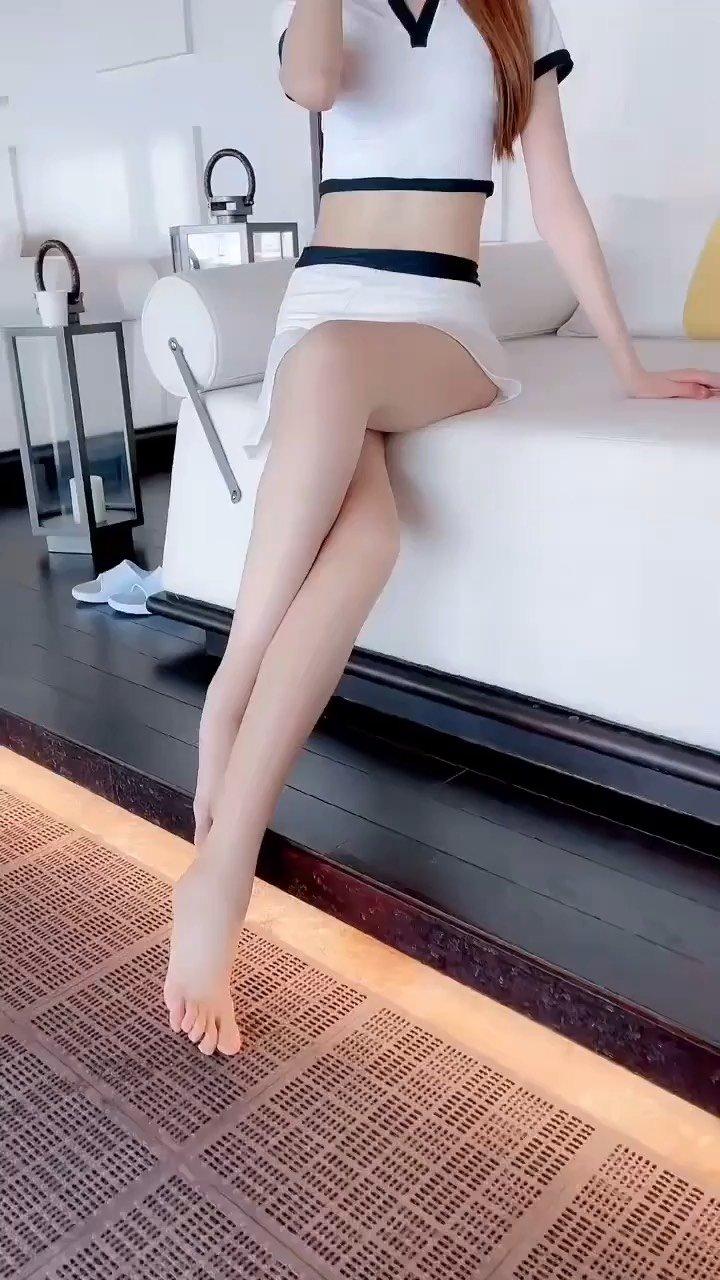 #谁还没有大长腿了