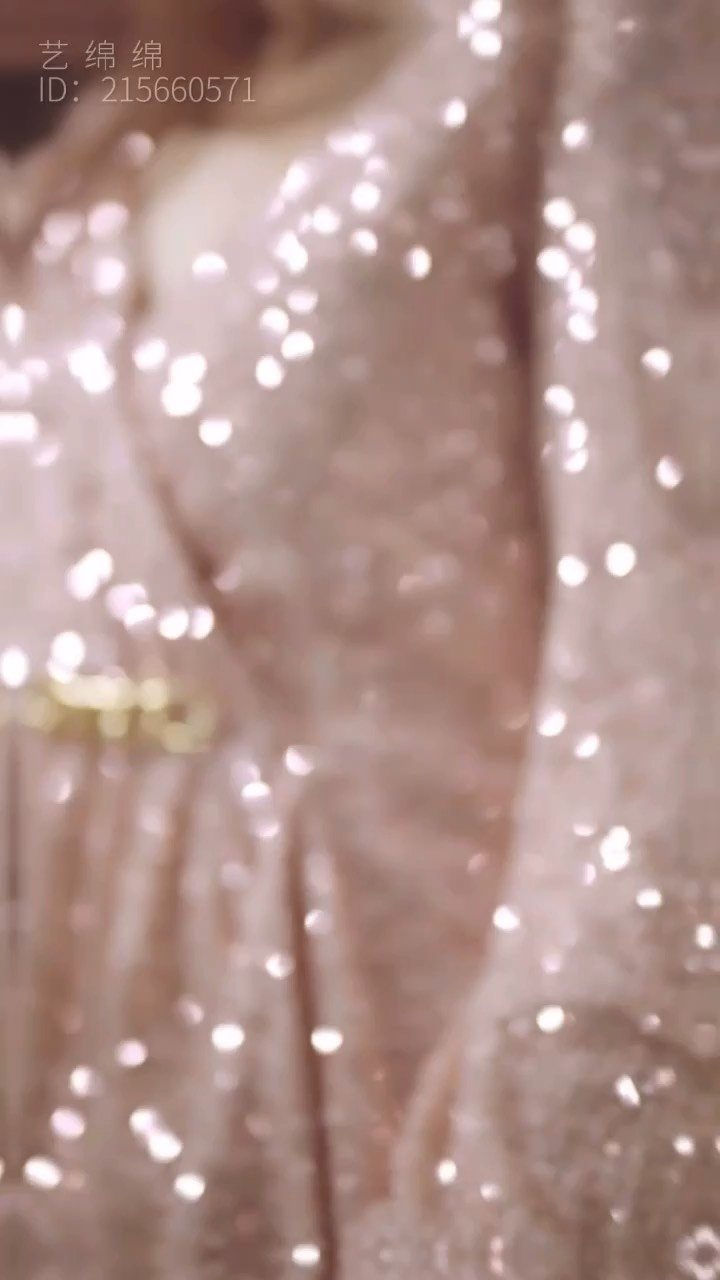 #艺绵绵周年庆 #花椒好舞蹈 @花椒热点  第3⃣️段 妙舞清歌,钟艺绵绵 直播生涯的首个周年庆 今晚20:00整✅ 等你? #我的七星推荐主播