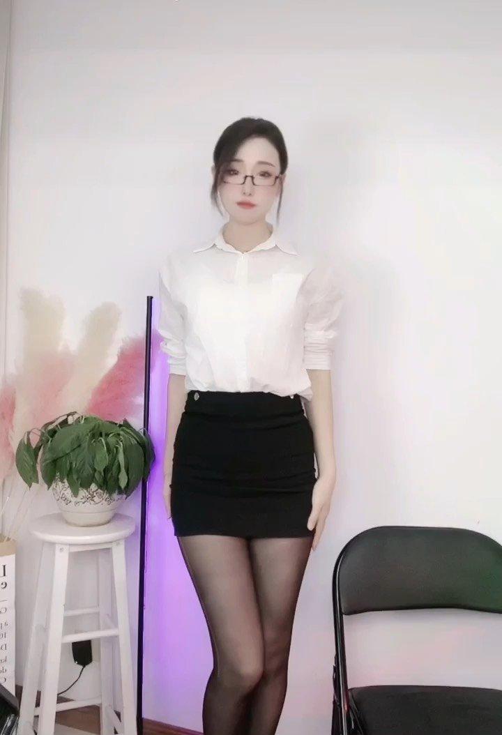 #Loveme手势舞挑战