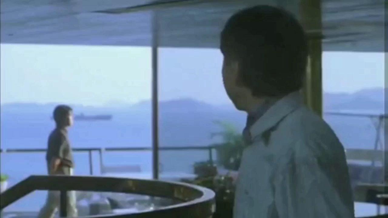 #带上花椒去旅行 #追剧不能停#2青铜打架,妹子表情要不要这么夸张?