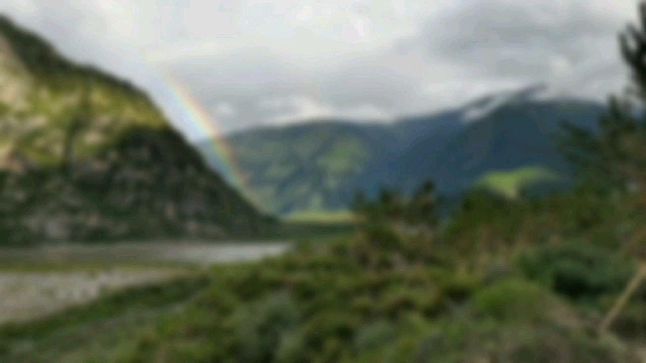 骑行中国 六进西藏之林芝 海拔三千的超级彩虹#百年奋进京彩启航 #九月你好 #带上花椒去旅行