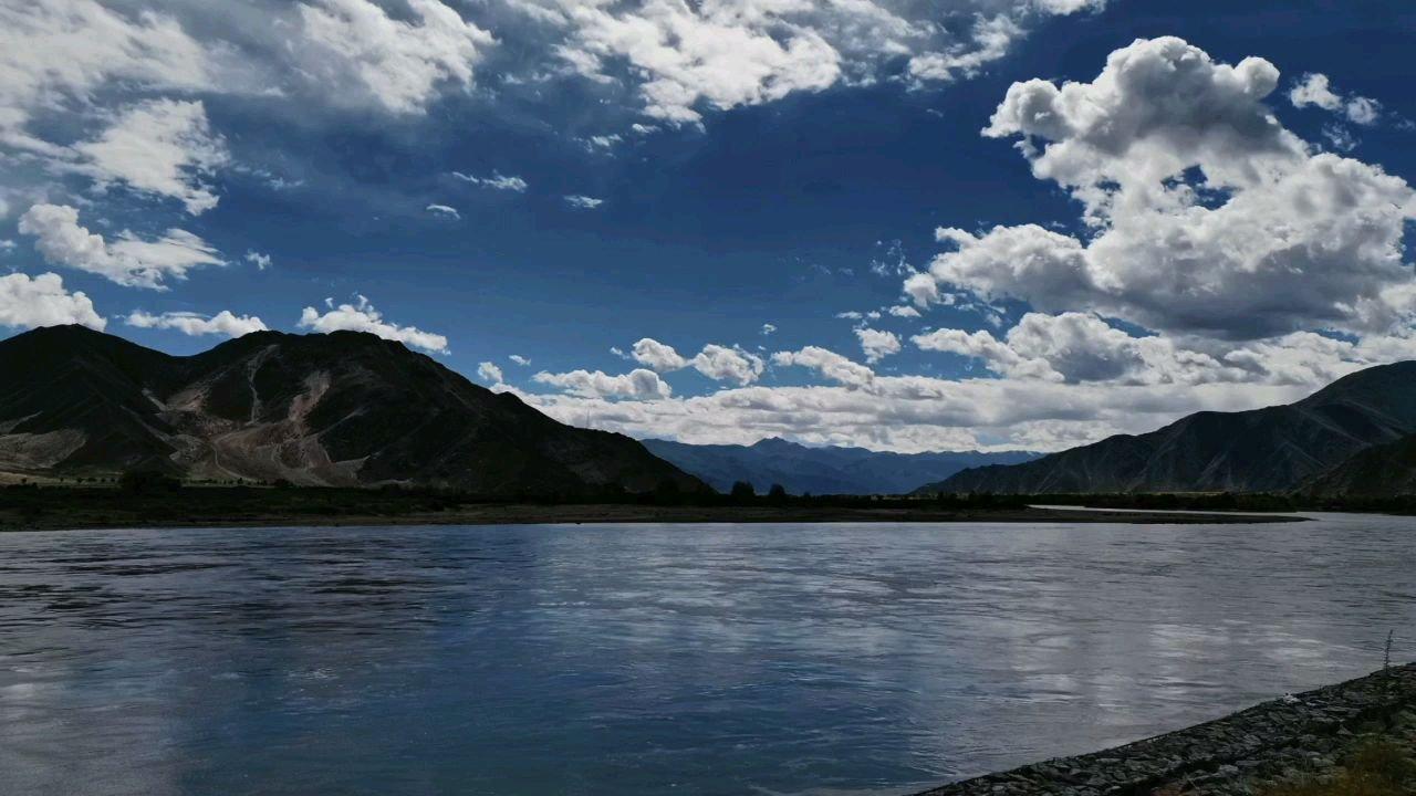 我要去看遍世间万物之雅鲁藏布江与拉萨河#九月你好 #带上花椒去旅行